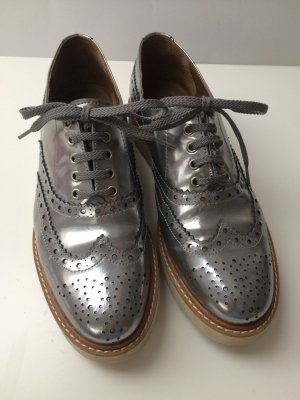 Pertini Wingtip Shoes silver-colored leather