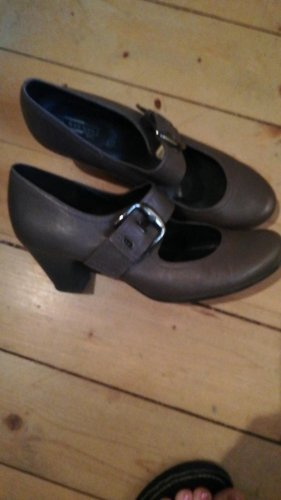 Tolle Pumps 5th Avenue braun 39