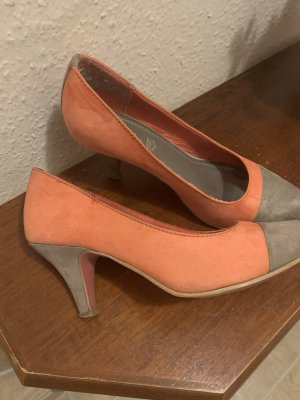 s.Oliver Pointed Toe Pumps apricot-beige