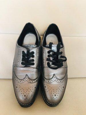 Tolle Schnürstiefel Schuhe voll im Trend in Gr 36 neuwertig
