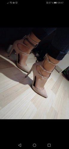 tolle Schuhe von Kendall + Kylie