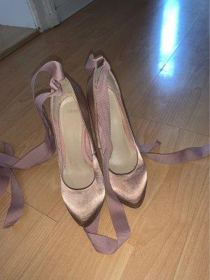 Tolle Schuhe zum Binden