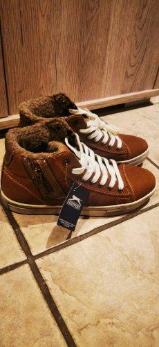Tolle Slazenger Schuhe Boots gefüttert  neu mit Etikett Braun, cognac  oder beige Gr 37
