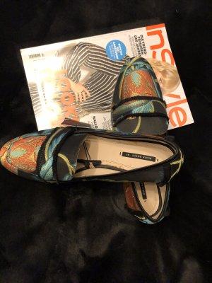 Tolle Slipper von Zara Gr. 41.5