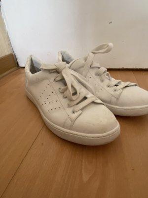 Tolle Sneaker von Vince