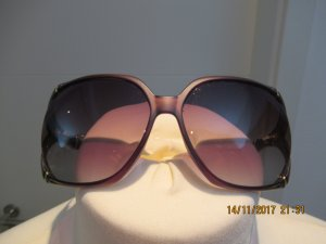 Tolle Sonnenbrille von Gucci mit Bambusformbuegeln