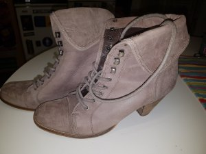 Akira Lace-up Booties taupe