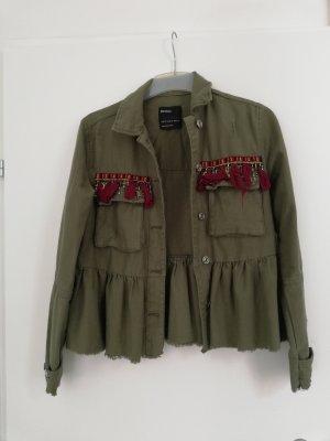 Tolle stylishe Jacke in olivgrün von Bershka Gr xs
