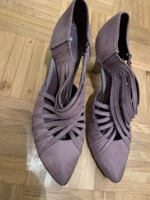 Tolle Tamaris Lila Pumps in Gr 41