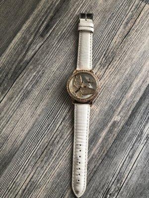 Tolle Uhr sieht super aus ist Neu