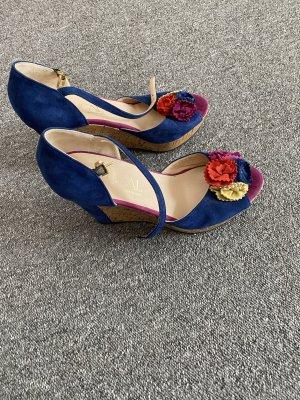 Sandalias tipo cuña azul