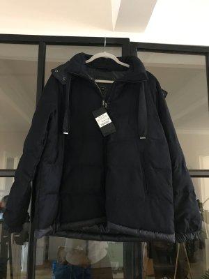 Tolle Wolljacke von Massimo Dutti. Neu mit Etikett.