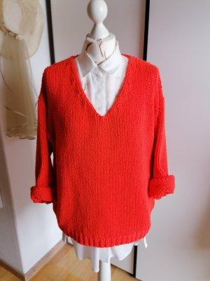 Cartoon V-Neck Sweater orange