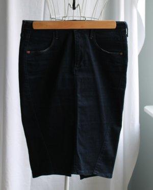 Toller dunkelblauer Jeans-Bleistiftrock von Miss Sixty
