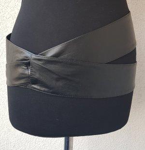 V Milano Cinturón de cuero de imitación negro