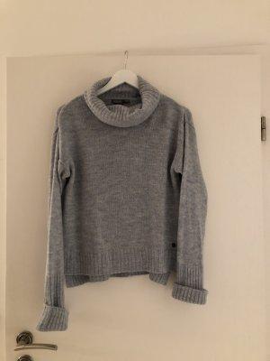 Blue Motion Sweter oversize błękitny Poliakryl