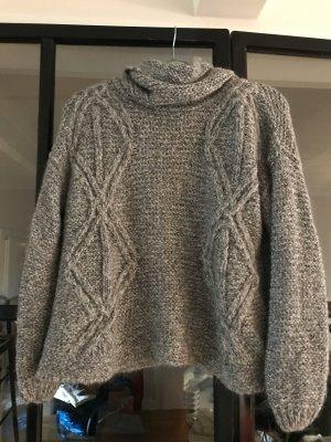 Toller Pullover von Zara Knit.