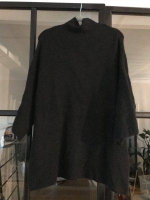 Toller, weit geschnittener Pulli von Zara Knit.