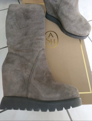 Bottes d'hiver taupe