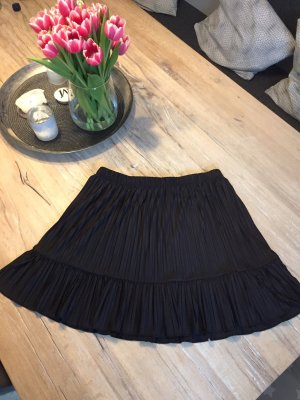 Zara Pleated Skirt black