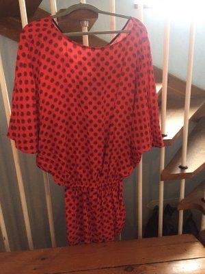 Attic & Barn Robe courte noir-rouge