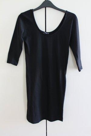 Tolles Basic-Kleid