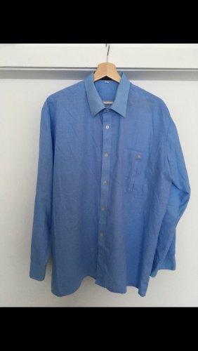 Tolles blaues Hemd
