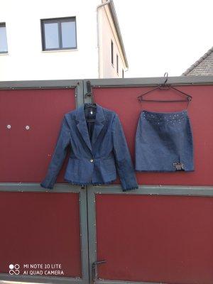 Tolles Jeans-Kostüm von APART NP 199,- Gr. 36