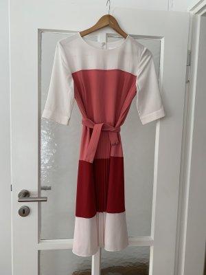 Hugo Boss Robe à manches courtes multicolore