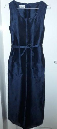 tolles Kleid aus glänzendem Leinen
