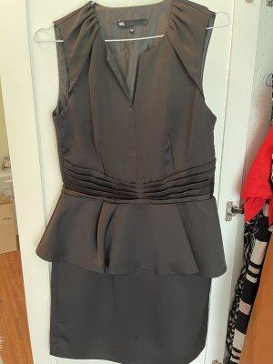 WE Fashion Sukienka z baskinką czarny