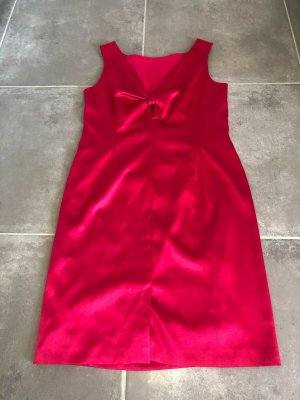 Tolles Kleid / Cocktailkleid rot von S.Oliver Black Label Größe 44, 1x getragen!