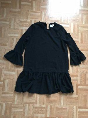 Ganni Vestido peplum negro
