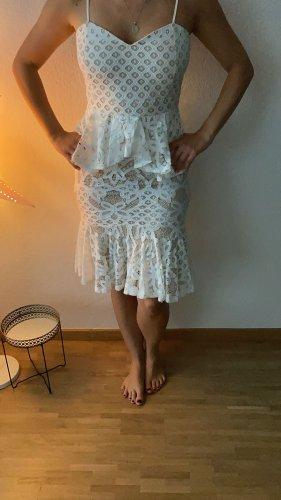 Boohoo Robe péplum blanc-beige