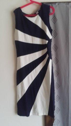 Ashley Brooke Robe trapèze blanc-bleu foncé