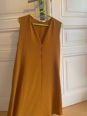 Tolles Kleid in Senf