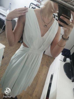 tolles Kleid mit cut outs an den Seiten