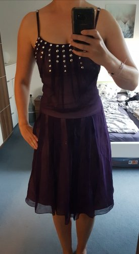Tolles Kleid mit Seide