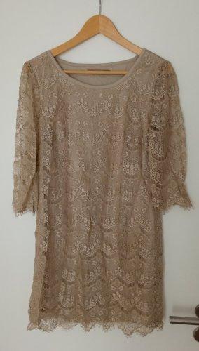 Tolles Kleid Spitzenkleid von Saint Tropez, M