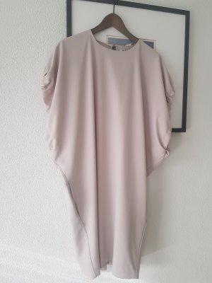 Acne Vestido de manga corta gris claro-crema