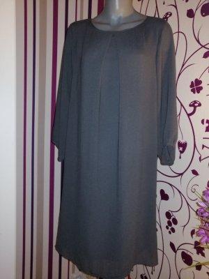 Tolles Kleid von H&M Italien, Gr. 42