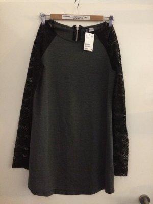 tolles Kleid von h&m mit spitzenärmeln