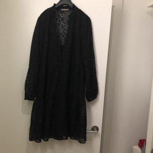 Tolles Kleid von Jakes
