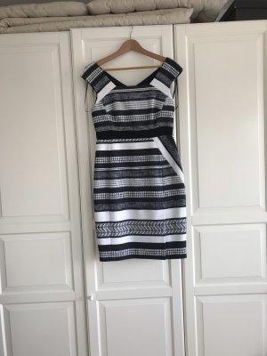 Tolles Kleid von Karen Millen, Gr. 38