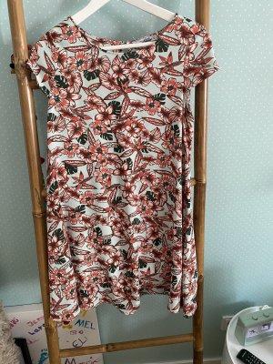tolles Kleid von Pull & Bear