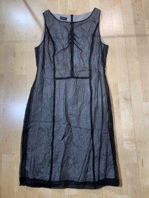 Tolles Kleid von Virmani