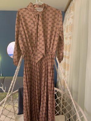 Tolles leichtes Kleid von Rinascimento