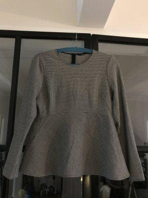 Tolles Oberteil von Zara Woman mit coolem Muster.