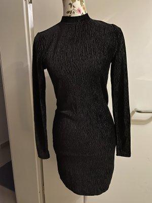 Tolles Samt kleid gr.S von H&M neu