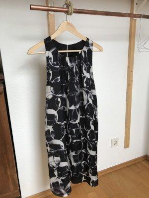 Tolles Seifenblasen Kleid von Tiger of Sweden
